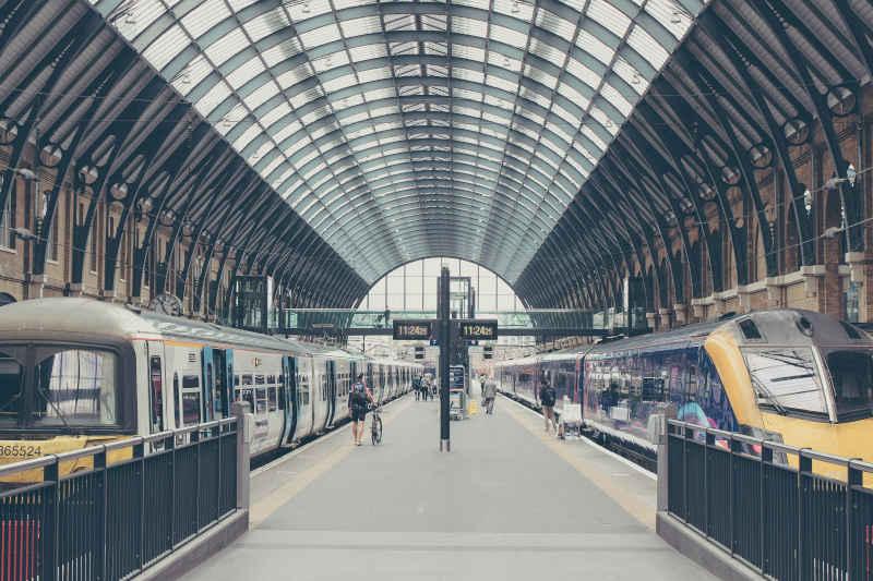 backlinks imagen de una estación